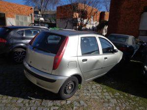 Fiat Punto em Penhorado licite por 1 euro 2