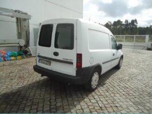 Opel Combo Diesel Licite por 559 euros 4