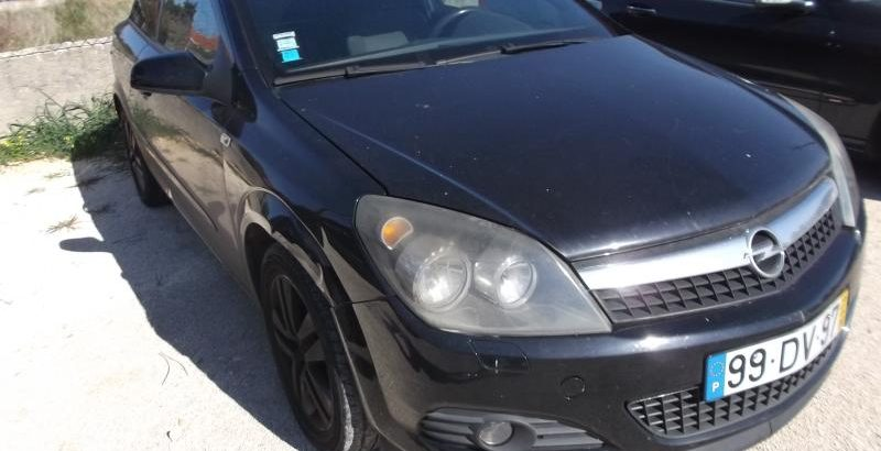 Opel Astra GTC Licite por 3500 euros 1