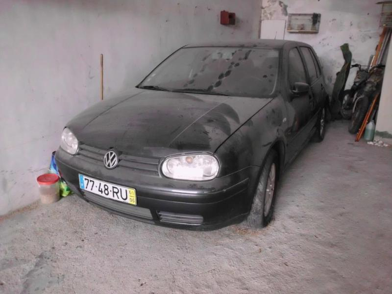 VW Golf Penhorado Licite por 501 euros 2