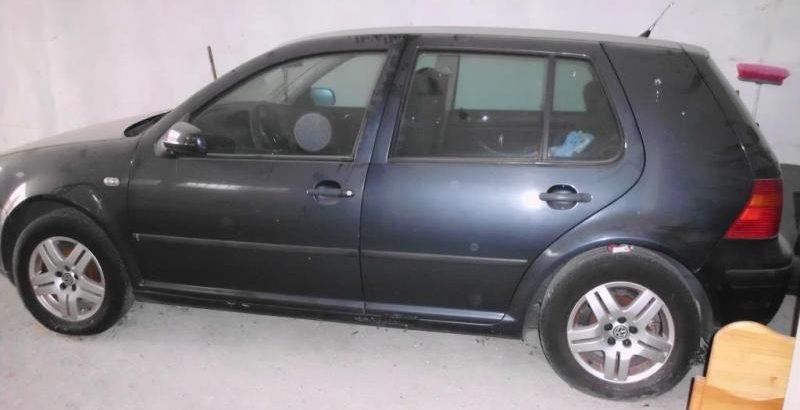 VW Golf Penhorado Licite por 501 euros 1