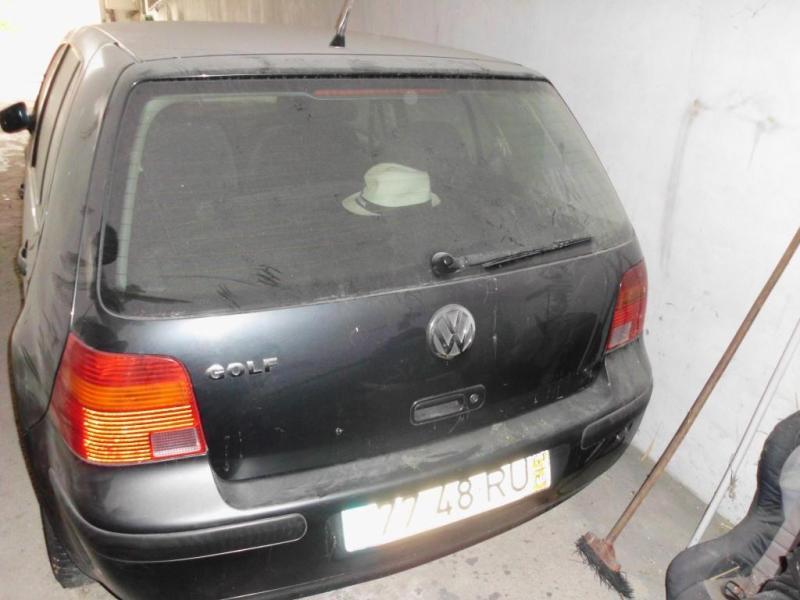 VW Golf Penhorado Licite por 501 euros 4