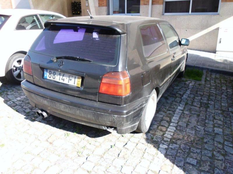 VW GOLF Penhorado Licite por 140 euros 3