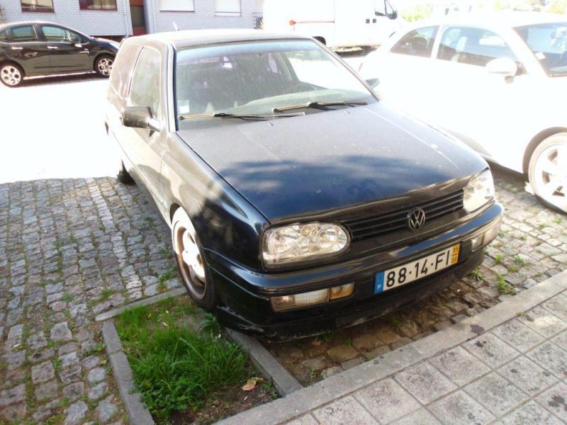 VW GOLF Penhorado Licite por 140 euros 5