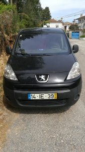 Peugeot Partner Penhorada Licite por 3010 euros 2