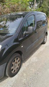 Peugeot Partner Penhorada Licite por 3010 euros 3
