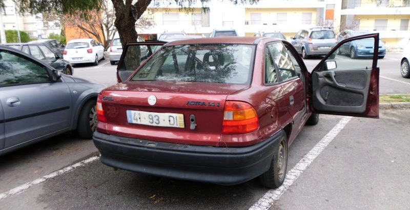 Opel Astra Penhorado Licite por 1 Euro 1