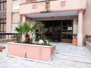 Apartamento T3 em Mem Martins Licite por 38226 Euros 3