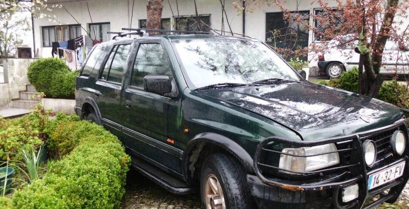 Opel Frontera 2.7D Penhorado Licite por 430€ 68