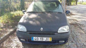 Renault Clio Licite por 350 euros 2