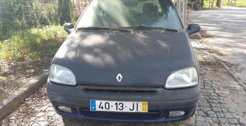 Renault Clio Licite por 350 euros 1
