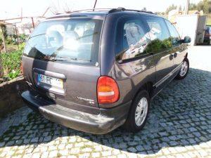Chrysler Voyager Penhorada Licite por 350 euros 3