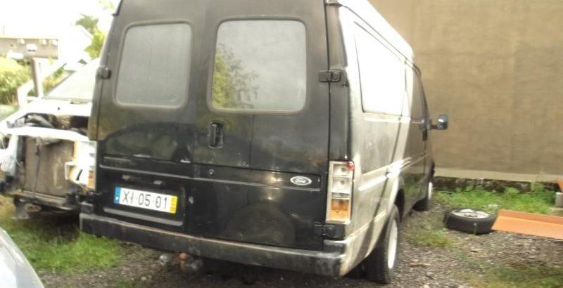 Ford Transit Penhorada Licite por 350 euros 214