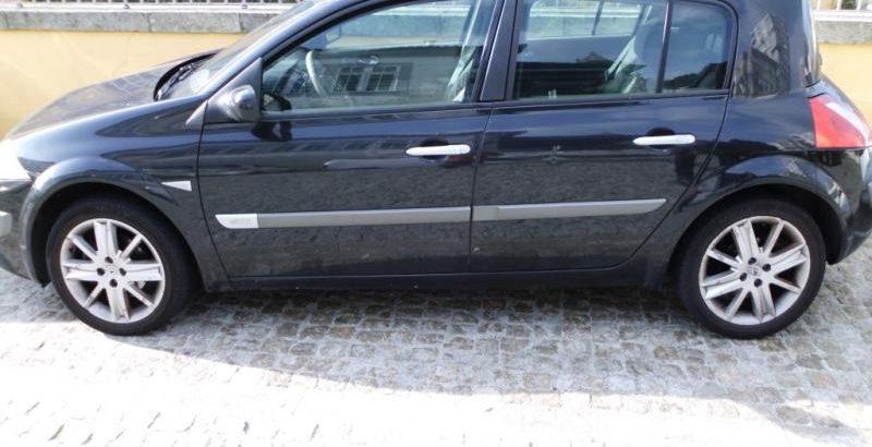 Renault Megane Penhorado Licite por 1500 euros 145