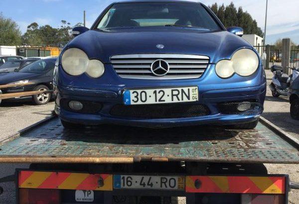 Mercedes C230 Kompressor Licite por 650 euros 1