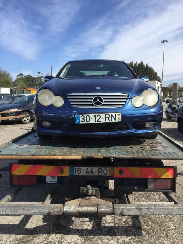 Mercedes C230 Kompressor Licite por 650 euros 4