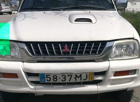 Mitsubishi L200 Penhorada Licite por 258 euros 1