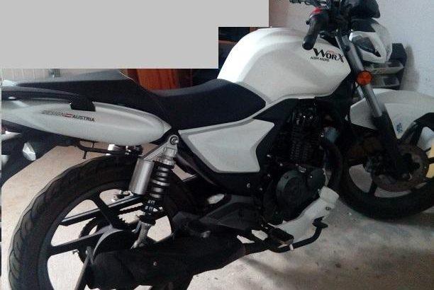 Mota 125cc KSR Penhorada licite por 1400 euros 1