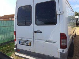 Mercedes Sprinter Penhorada Licite por 606 euros 5