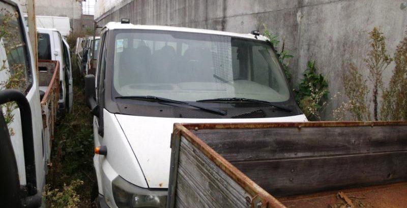 Ford Transit 9 lugares Penhorada Licite por 350 euros 1