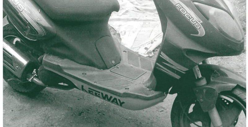 Scooter de 2005 Licite por 10 centimos 86