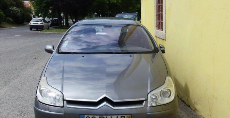 Citroen C5 de 2006 a gasoleo Licite por 2056 euros 100