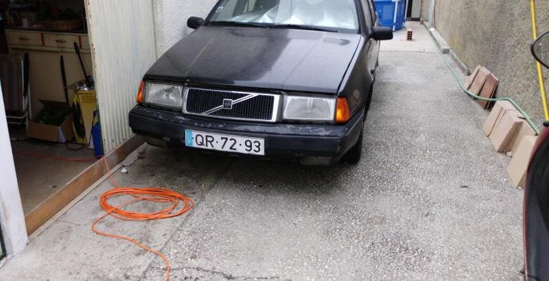 Volvo 440 Turbo penhorado Licite por 350 euros 1