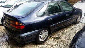 Renault Laguna Penhorado Licite por 350 euros 5