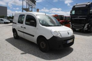 Renault Kangoo penhorada de 2009 Licite por 1291 euros 5