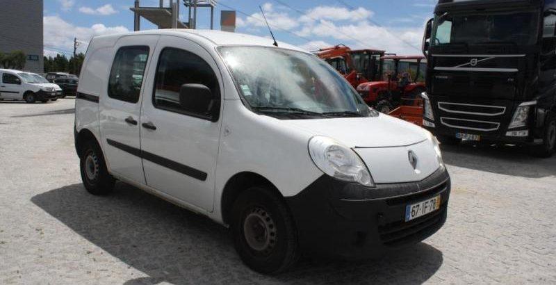 Renault Kangoo penhorada de 2009 Licite por 1291 euros 1