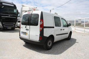 Renault Kangoo penhorada de 2009 Licite por 1291 euros 2