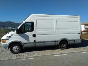 Iveco de mercadorias Penhorada Licite por 2286 euros 4