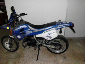 Duas motorizadas Piaggio e Suzuki em Leilão Licite por 350 euros 2