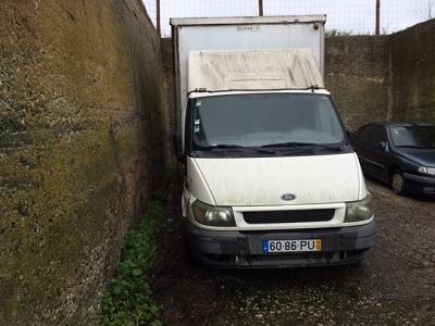 Ford Transit de Mercadorias Penhorada Licite por 350 euros 6