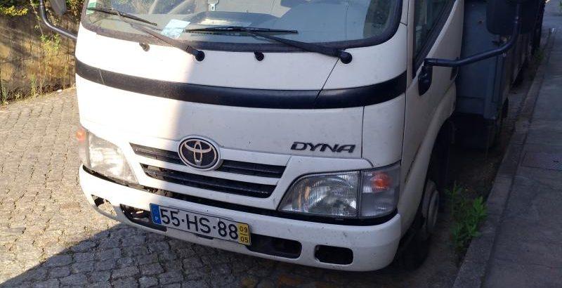 Toyota Dyna penhorada em Leilão Licite por 2496 euros 1