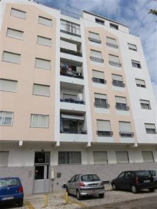 Imóvel com 3 divisões em Leilão Licite por 57169 euros 2