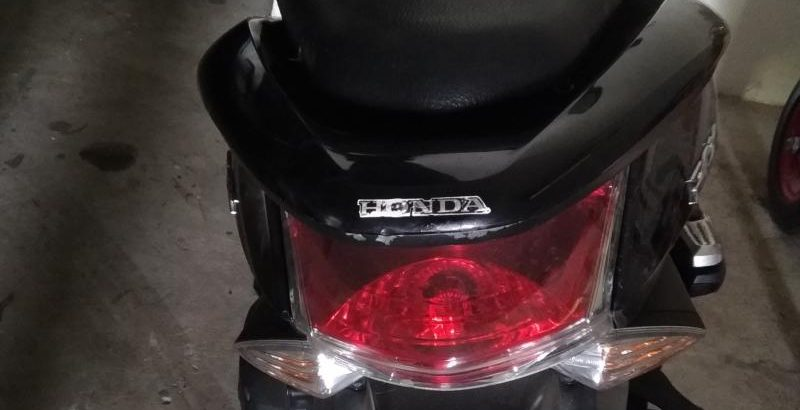 Honda 125cc Penhorada Licite por 450 euros 1