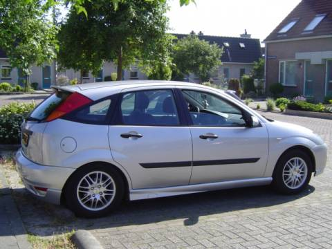 Ford Focus em Leilão Licite por 750 euros 182