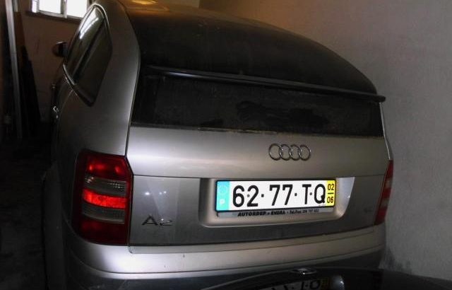 Penhorado Finanças Audi A2 Licite por 4025 euros 100