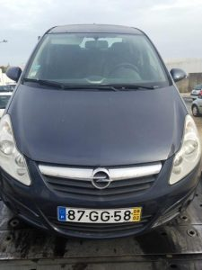 Bens Penhorados Opel Corsa de 2008 Licite por 1928 euros 2