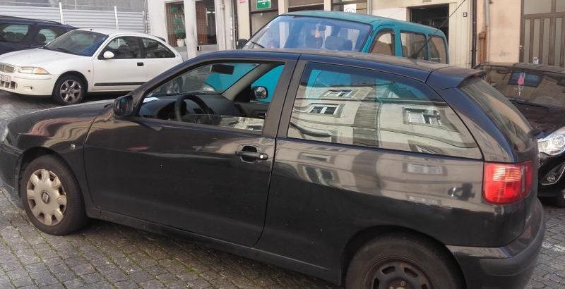 Bens Penhorados Seat Ibiza Licite por 1 euro 1