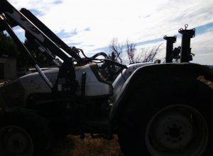 Tractor Agrícola penhorado 3