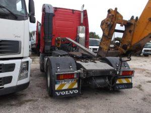 Camião Penhorado Volvo em Leilão por 7800 euros 4