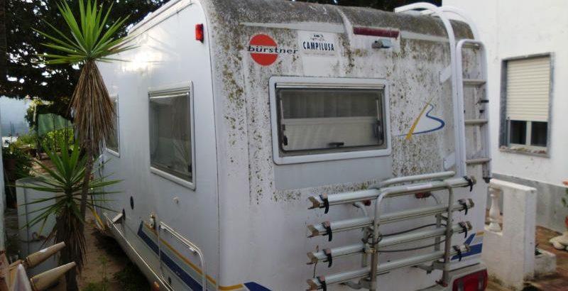 Autocaravana Penhorada Licite por 1400 euros 1