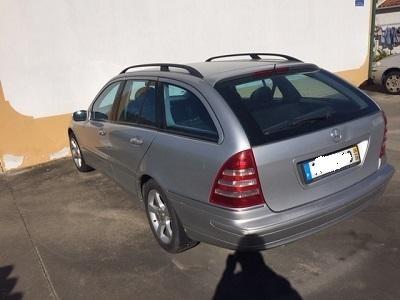 Mercedes penhorado