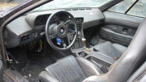 BMW M1 raro descoberto num celeiro vai a leilão 5