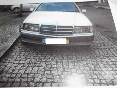 Mercedes Penhorado em Leilão por 1 euro